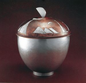 Large vessel with Damascene lid. collection by Korean 1987